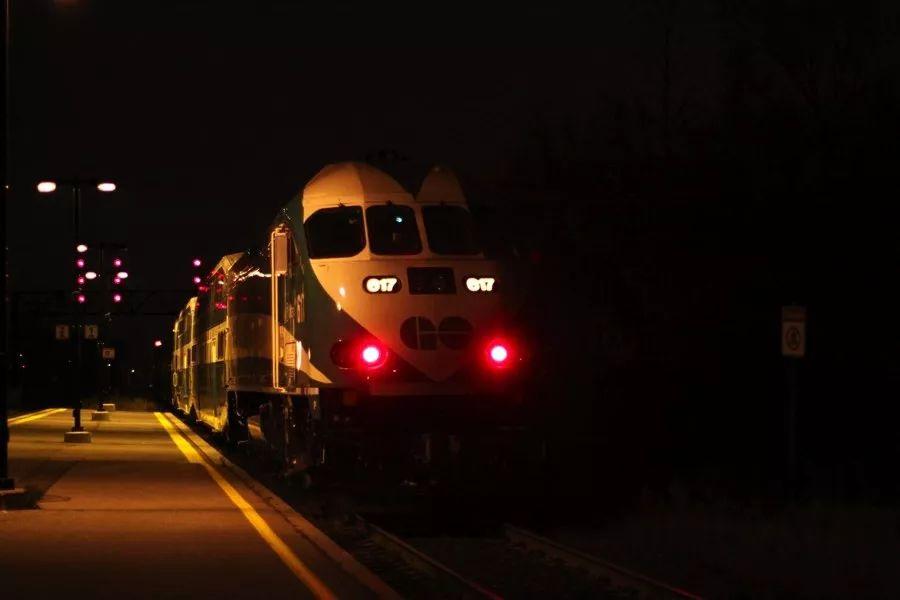 多伦多女子在Go Train上睡过头,醒来时被